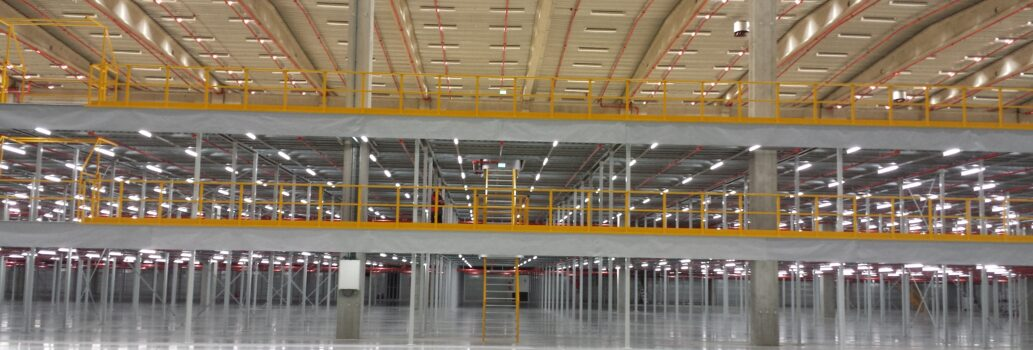 Verlichtingsinstallatie mezzaninevloer 3 en 6 meter