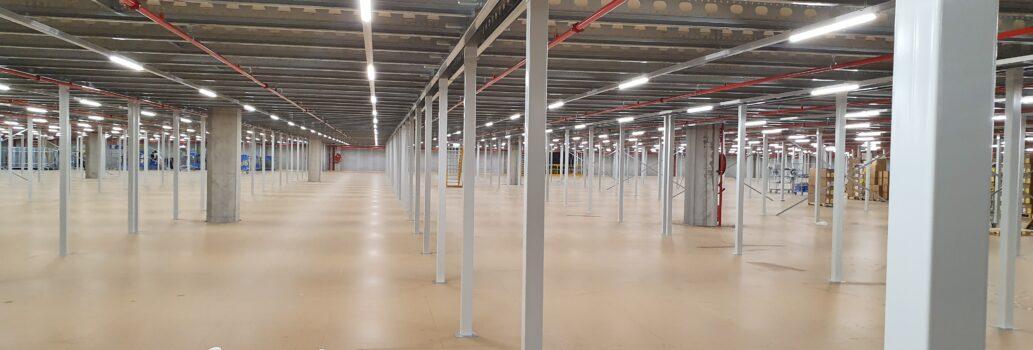 Verlichtingsinstallatie mezzaninevloer 9 meter